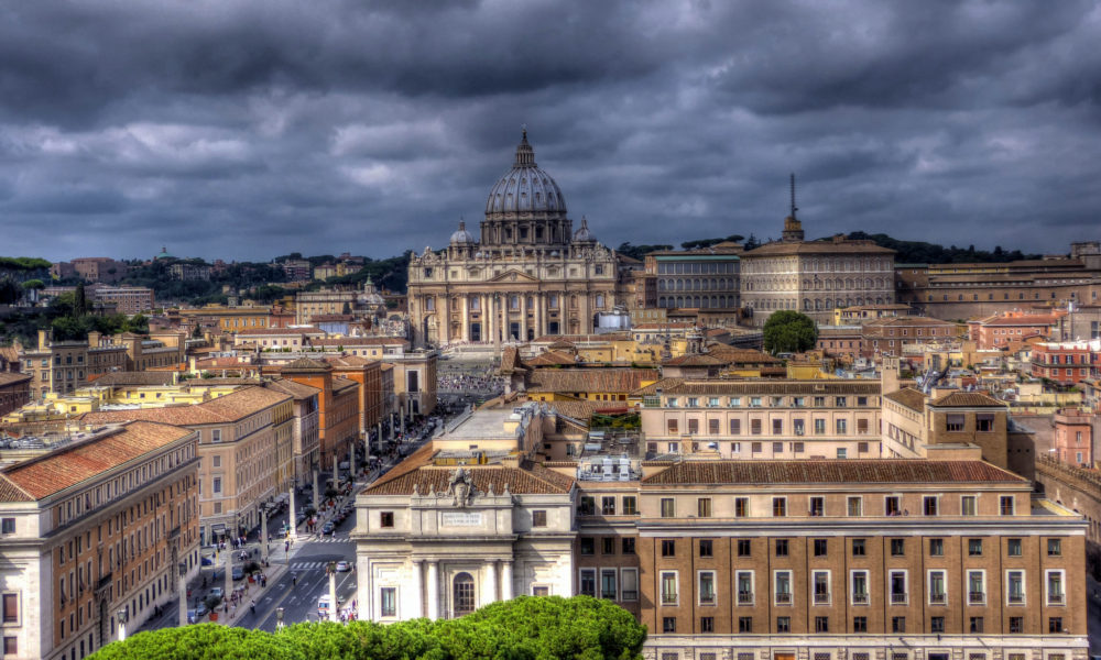 Look at the best landmarks to visit in Europe