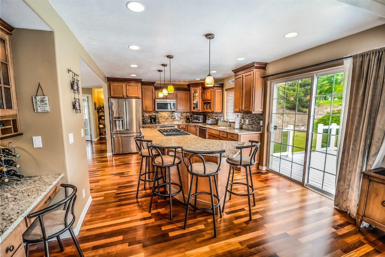 Real Wood vs Laminate Floors