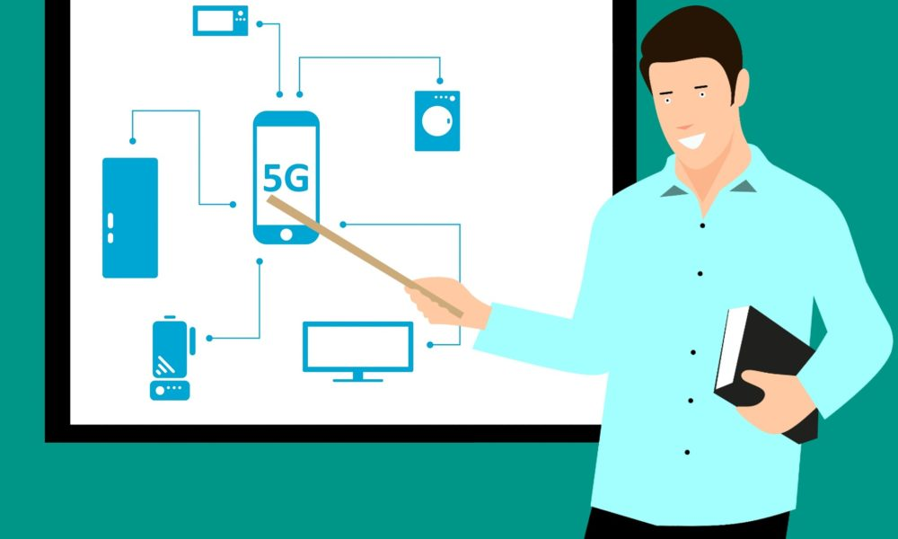 The Smartphone 5G network on the Horizon